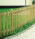 Pointed top palisade fence